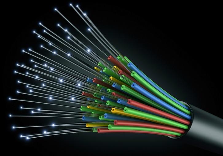 ob_2f24c4_fibre-optique